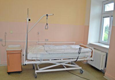Pacienti Podhorské nemocnice leží na nových lůžkách