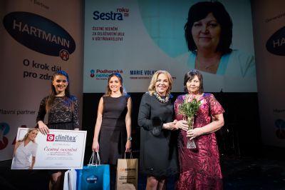 Porodní asistentka Marie Volková v soutěži Sestra roku oceněna za celoživotní dílo