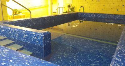 Pacienti Podhorské nemocnice rehabilitují v modernizovaném bazénu